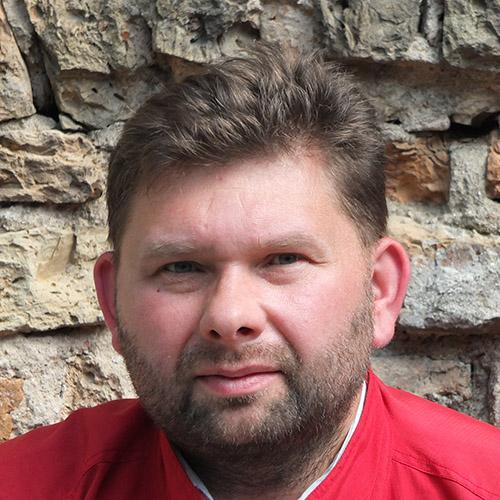 パヴェウ・ウカシェフスキ (Pawel Lukaszewski)